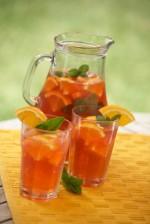 iStock_000006039186XSmall drinks