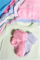 iStock_000016332525XSmallbaby_clothes_1