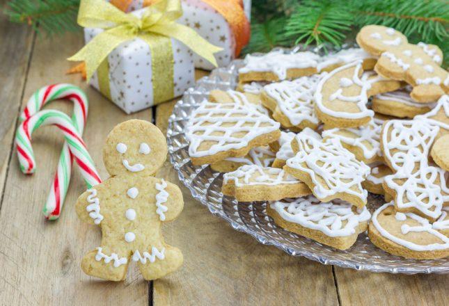 http://www.kiwifamilies.co.nz/2014/12/11-great-ways-celebrate-advent-kids/
