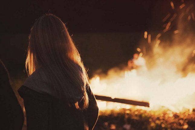 teen bonfire party idea
