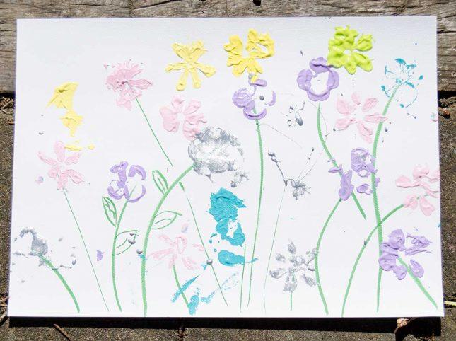 flower-printing-invitation-to-play