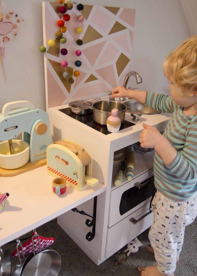Resene kitchen