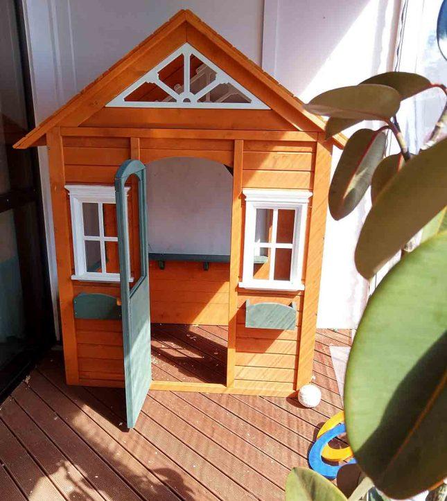 K-mart cubby house plain