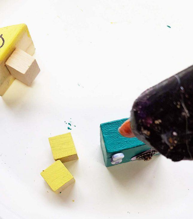 blockbots-gluing