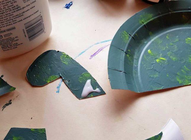 Paper Plate Dinosaur head