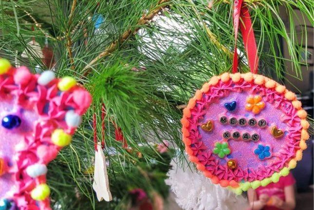 Christmas tree decoration hanging